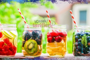 Karışık Meyveli Detoks Suyu