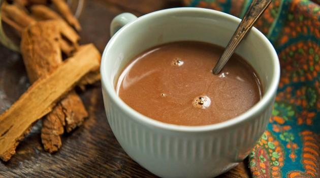 Ev Yapımı Baharatlı Sıcak Çikolata Nasıl Yapılır?