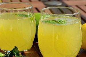 En İyi Limonata Tarifi İle Aşırı Sıcaklarda Ferahlayın!