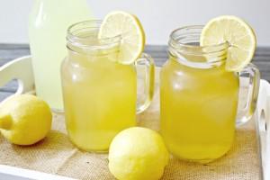 Hazır Limon Suyu İle Limonata Yapılabilir mi?
